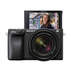 α6400 E-mount camera with APS-C Sensor Body + 18-135mm Zoom Lens